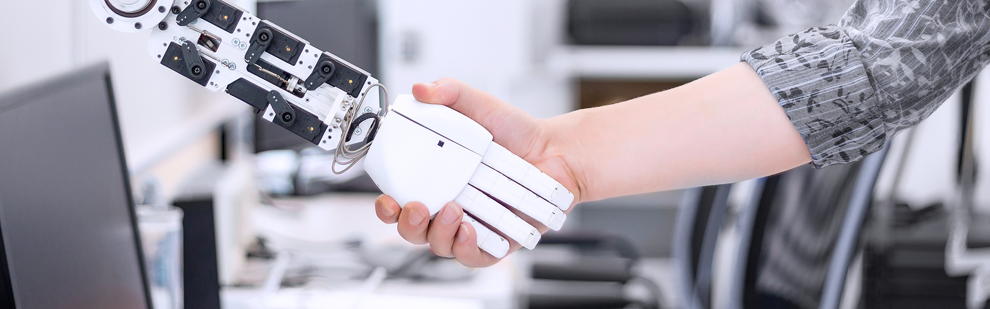 Intelligenza Artificiale: quali sono e come possono essere utilizzate le tecnologie in ambito aziendale